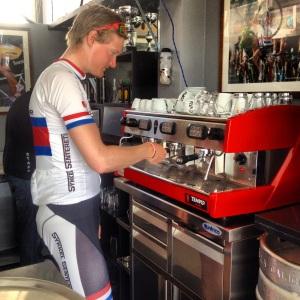 Vi har også funnet oss en herlig café som har super kjekke folk til å lage espresso