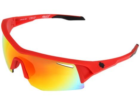 Fluer og vind i øynene kan være noe dritt, men med briller er problemet løst. Hvis du i tillegg skaffer deg noen tøffe briller som disse fra Spy+ Optic ser du i tillegg ubeskrivelig tøff ut