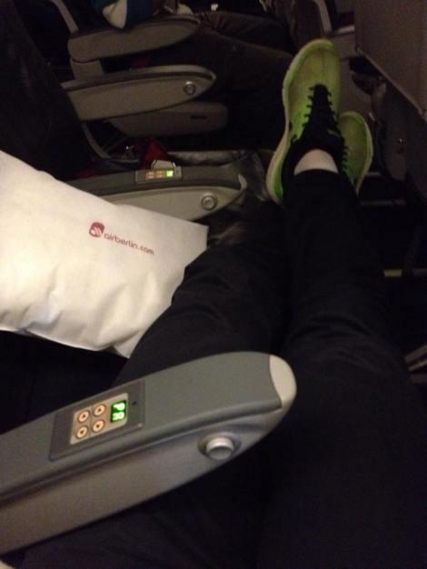 Å Air Berlin sviktet ikke der, 3 seter for meg selv hele veien gjorde turen litt enklere