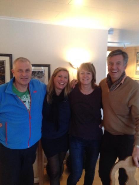 Her er et bilde av min fantastiske ste far, Ellen, Mamma og Helge.