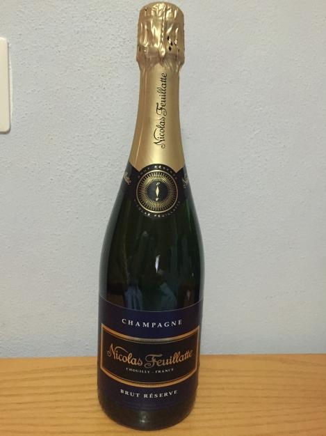 Ukens champagne Nicolas Feuillatte   Réserve Brut Pris: 370kr ca 7/10