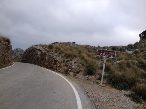 """Jeg og Sivert hadde det """"gøy"""" opp denne bakken fra Sa Calobra! Alltid friskt med bakkedrag opp der...."""