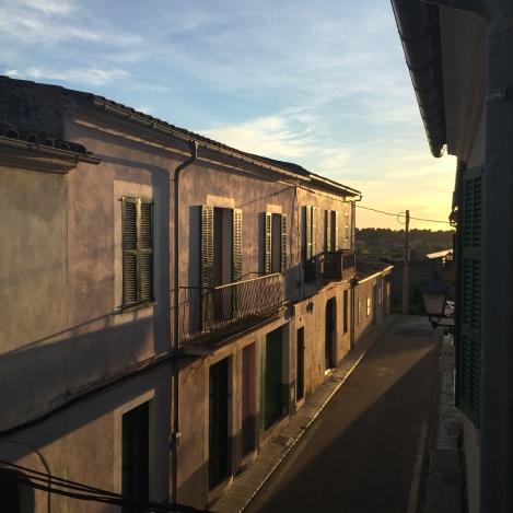 Avslutter innlegget slik solen avsluttet dagen her på Mallorca, det er rett og slett helt fantastisk. Takk for nå og på gjennsyn