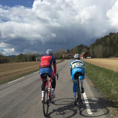 Jonas Hjorth var også med på post-race trening på fredag:) God stemning. Foto: Simen