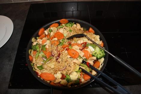 Her er også et godt eksempel på en middag jeg kan sette pris på etter en 5 timers langtur ute i ruskeværet:)