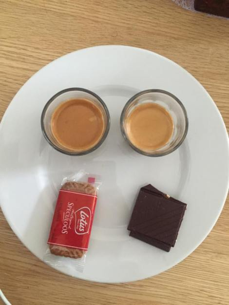 Dagen i dag har sett slik ut for det meste! Sitter å rister litt av koffein å gleder meg til trening resten av uken:)