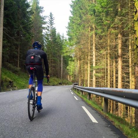 Fanafjellet, kjent for alle syklister i Bergen, ja faktisk ganske godt kjent selv om du ikke er fra Bergen! Mange gode/vonde minner fra dette fjellet...