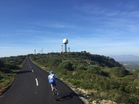 Samen har også fått testet den nye asfalten opp til toppen av Cura, rett og slett nydelig.!