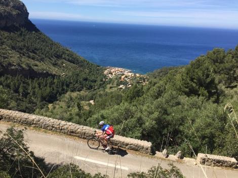 Siste tur på Mallorca ble av det harde slaget, men fikk bekreftet at all kaffestoppingen og kakespisingen i vinter har gitt resultater.