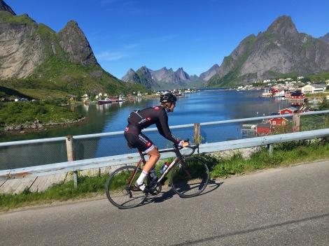 Etter Tour de Hallingdal gikk turen igjen nordover for min del, denne ganger på ferie i vakre Lofoten.