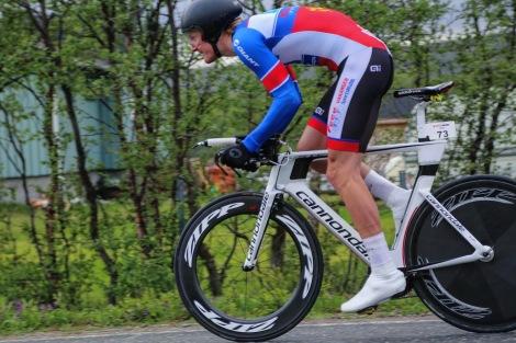 Her trår jeg ut på tempoen som også endte med sier, noe som gir meg 5 av 5 seire på tempo i regionsmesterskap siden jeg begynte å sykle:) Foto: Mihkku Solbakk