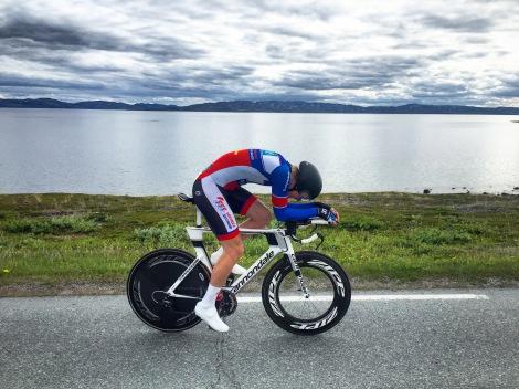 Etter regionsmesterskapet klinket jeg til med 2 nye seire i Varanger Grand Prix Tempo og Varanger Grand Prix fellesstart på hjemmebane i Vadsø! Her fra tempoløypen. Foto: Anders Boine aka Samen